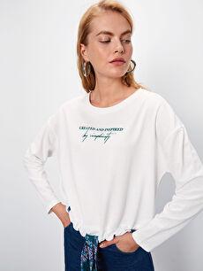 Beli Bağlama Detaylı Yazı Baskılı Sweatshirt