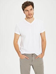 V Yaka Basic Tişört