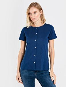 Düğme Detaylı Pamuklu Kısa Kollu Kadın Tişört
