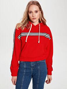 Şerit Detaylı Kapüşonlu Crop Sweatshirt