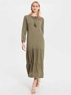 Yaka Detaylı Uzun Salaş Elbise