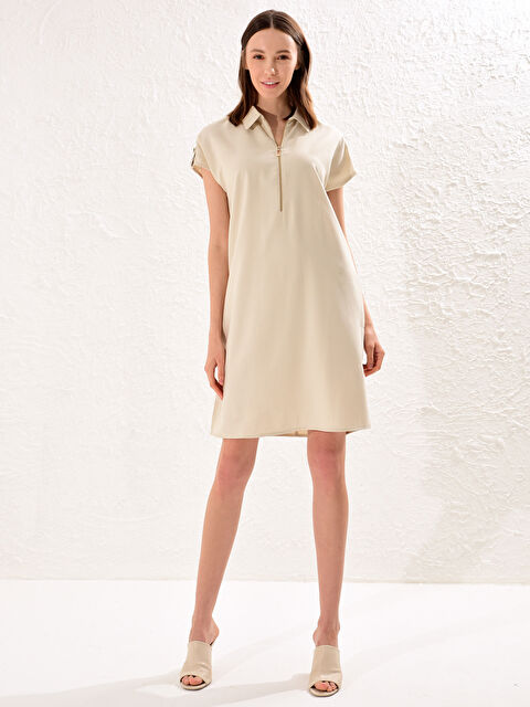 Yakası Fermuarlı Viskon Elbise - LC WAIKIKI