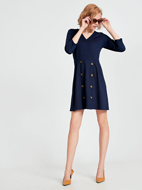 Kruvaze Yaka Düğme Detaylı Mini Elbise - LC WAIKIKI