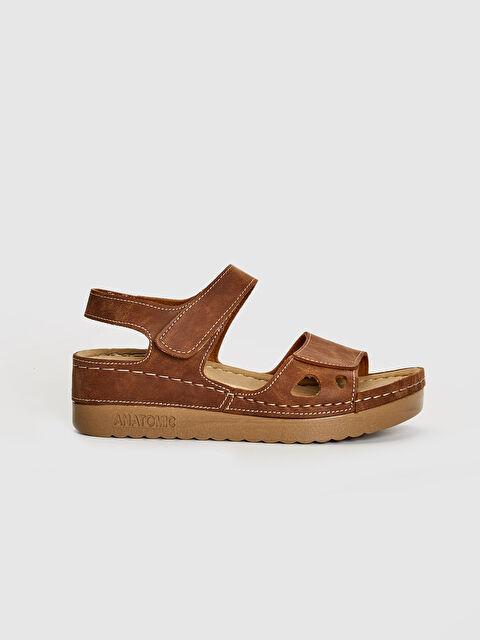 Kadın Kalın Taban Cırt Cırtlı Sandalet - LC WAIKIKI