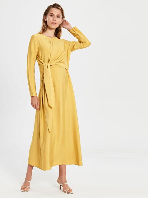 Kruvaze Yaka Detaylı Uzun Viskon Elbise - LC WAIKIKI