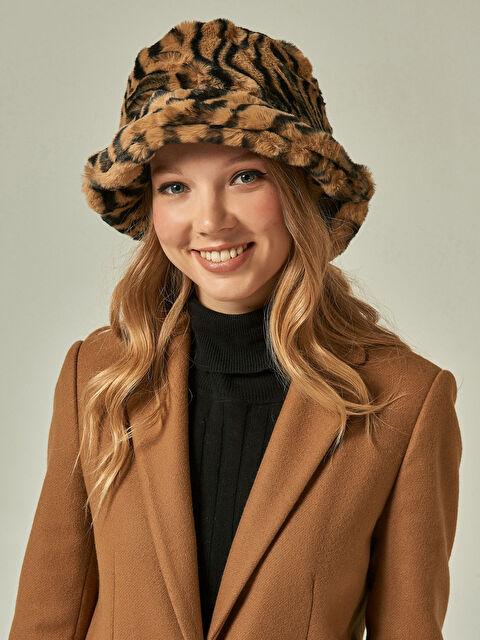 Axesoire Zebra Desen Vizon Şapka - Markalar