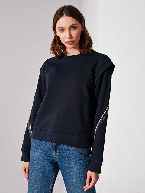 Re-SIS Omuz Detaylı Kolları Püsküllü Sweatshirt - Markalar