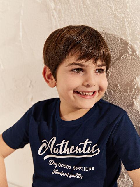 Erkek Çocuk Yazı Baskılı Pamuklu Tişört - LC WAIKIKI