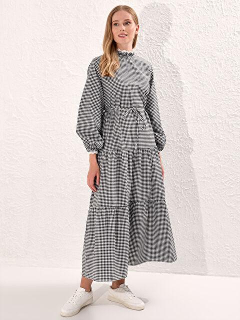 Fisto Detaylı Kuşaklı Ekose Poplin Elbise - LC WAIKIKI