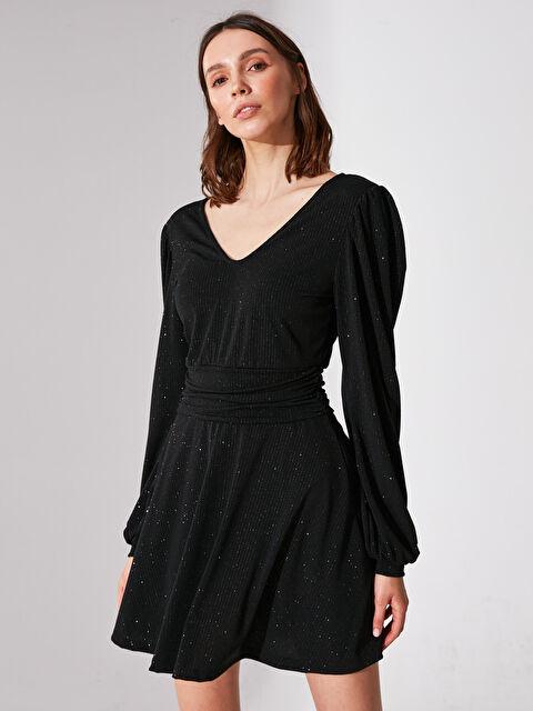 Re-SIS V Yaka Işıltılı Kloş Elbise - Markalar