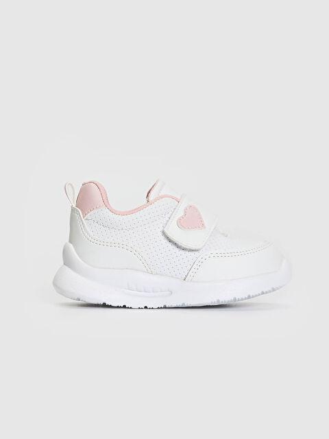Обувка първа стъпка с лепки за бебе момиче - LC WAIKIKI