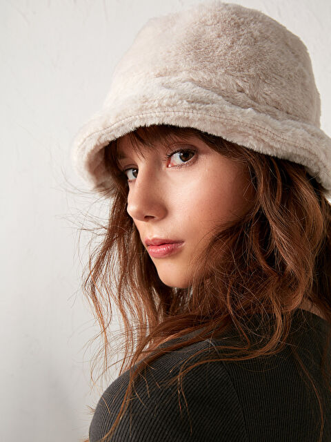 Kadın Tay Tüyü Bucket Şapka - LC WAIKIKI