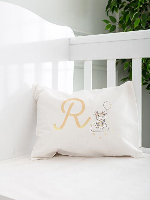 R Harfi Baskılı Bebek Yastık Kılıfı - LCW HOME