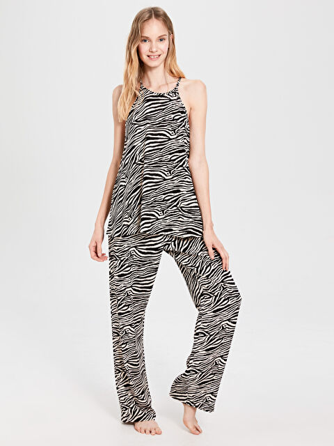 İp Asklı Desenli Viskon Pijama Takımı - LC WAIKIKI