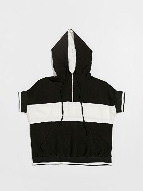 Nisan Triko Renk Bloklu Kısa Kollu Kapüşonlu Sweatshirt - Markalar