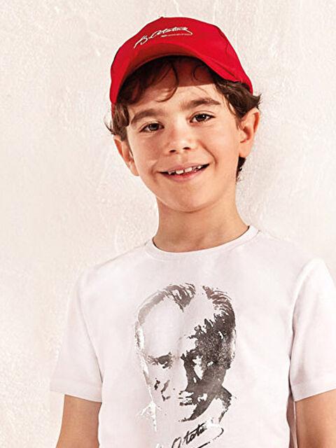 Erkek Çocuk Atatürk İmzalı Şapka - LC WAIKIKI