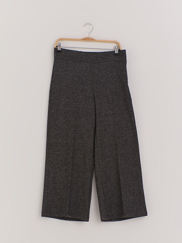 Dokulu Kumaştan Bilek Boy Geniş Paça Pantolon - LC WAIKIKI