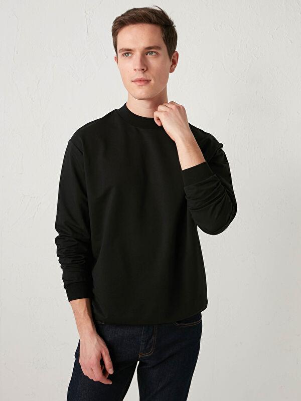 Balıkçı Yaka Uzun Kollu Basic İnce Erkek Sweatshirt - LC WAIKIKI