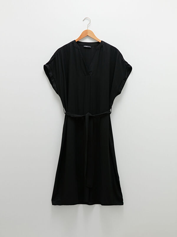 LCW CLASSIC V Yaka Düz Kısa Kollu Viskon Kadın Elbise - LC WAIKIKI