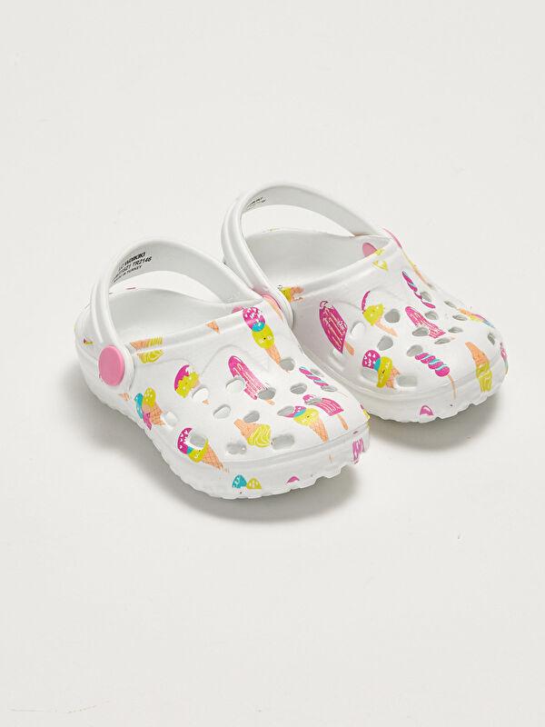 Baskılı Delikli Görünümlü Kız Bebek Sandalet - LC WAIKIKI