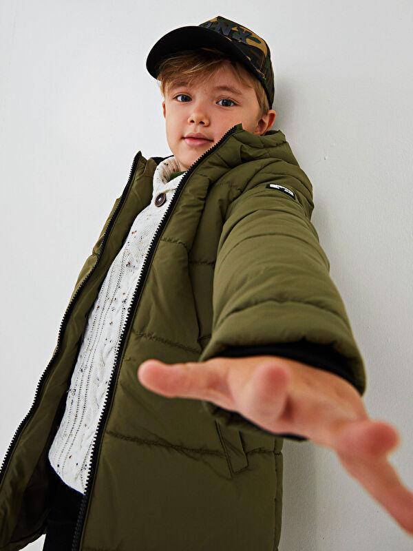 Kapüşonlu Kalın Erkek Çocuk Mont - LC WAIKIKI