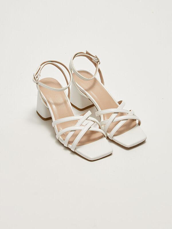 Deri Görünümlü Çapraz Bantlı Topuklu Kadın Sandalet - LC WAIKIKI