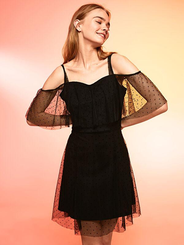 Omuzları Açık Yakası Fırfırlı Tül Detaylı Elbise - LC WAIKIKI