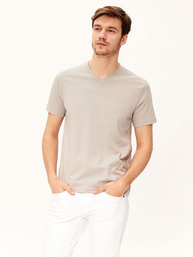 %100 Pamuk  İnce Standart Tişört V Yaka Kısa Kol Düz Penye %100 Pamuk V Yaka Kısa Kollu Basic Pamuklu Erkek Tişört