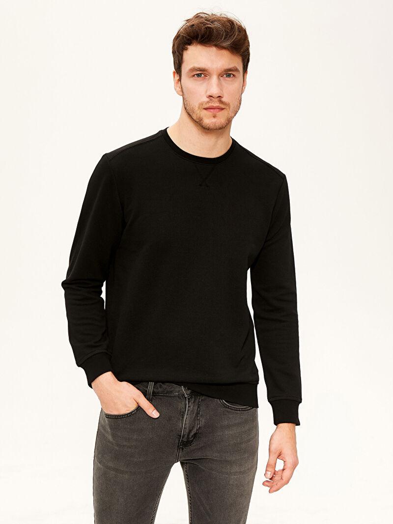 Siyah Bisiklet Yaka Basic Sweatshirt 0S2955Z8 LC Waikiki