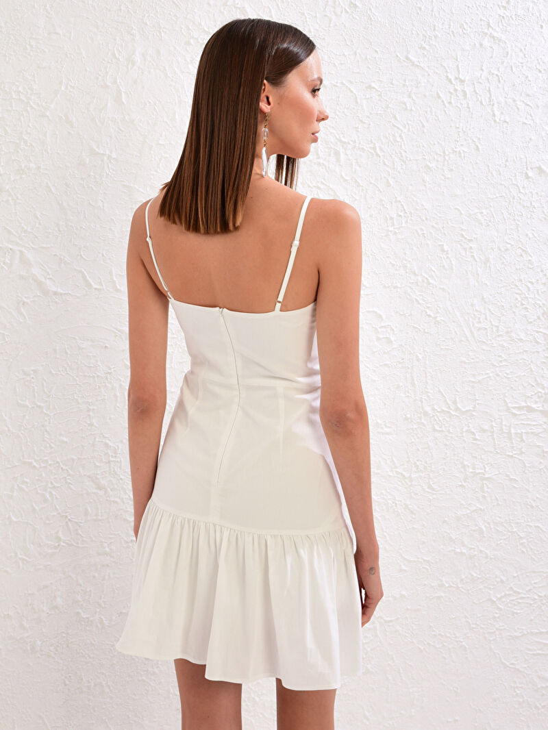 LC Waikiki Beyaz Appleline Save The Date Kare Yaka Askılı Volanlı Elbise