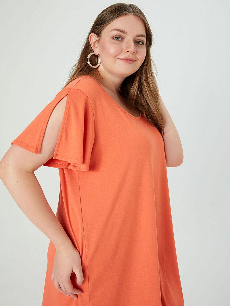 Kadın Dökümlü Düz Viskon Elbise