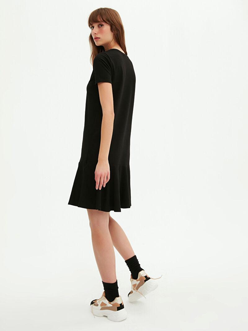 0WGL23Z8 Düz Volanlı Elbise
