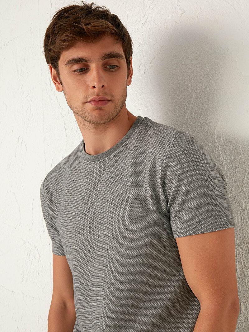 %68 Polyester %30 Pamuk %2 ELASTAN  Slim Fit Bisiklet Yaka Basic Tişört