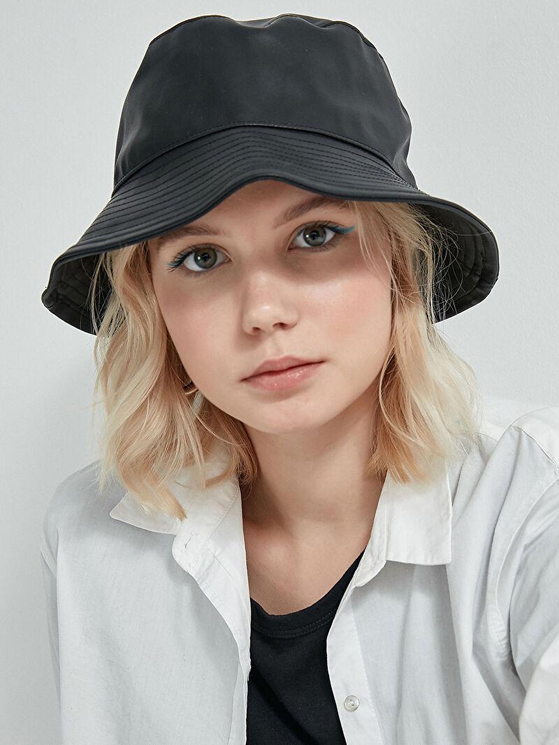 Şapka AXESOIRE Siyah Deri Şapka