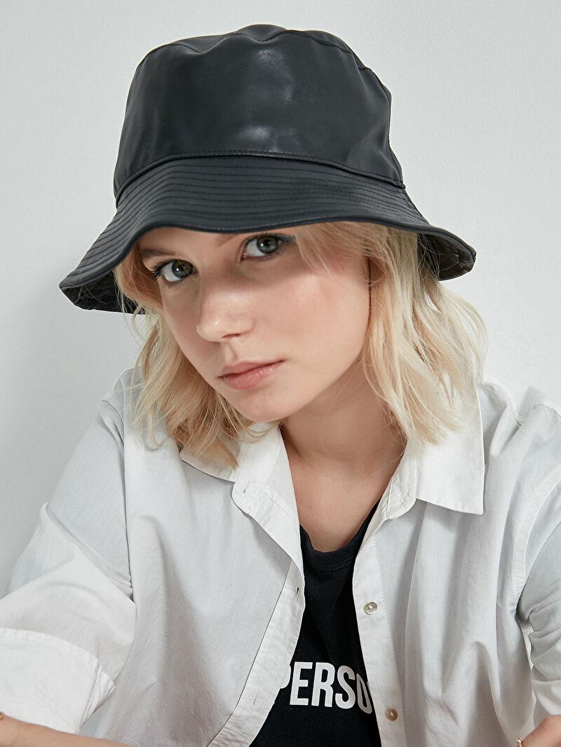 Kadın AXESOIRE Siyah Deri Şapka