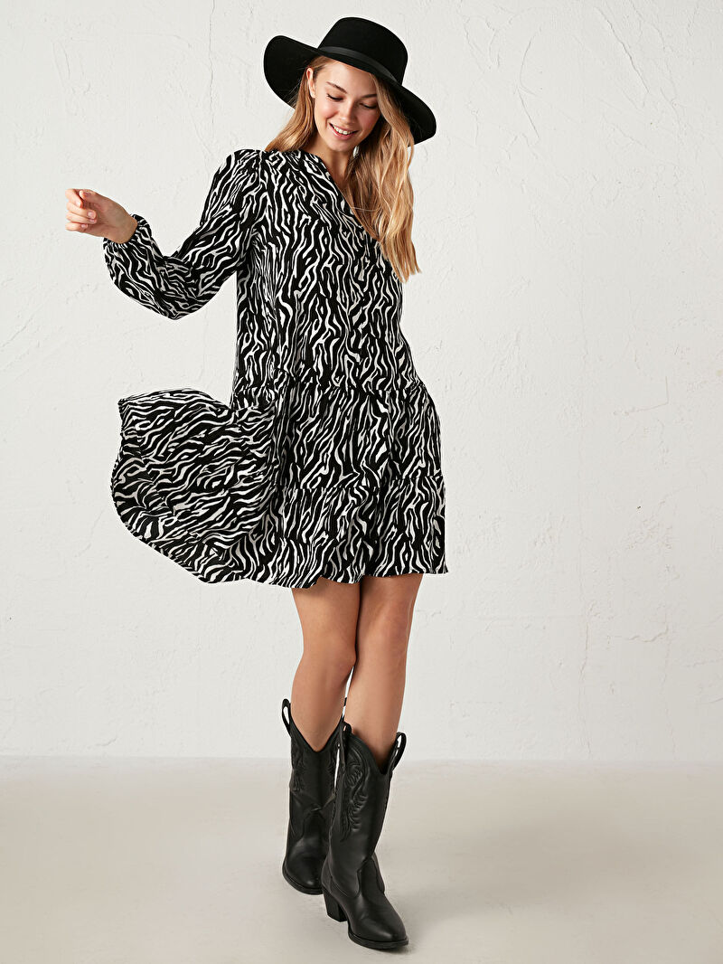 %100 VİSKOZ  Elbise Desenli Standart İnce V Yaka Uzun Kol Leopar Desenli Elbise