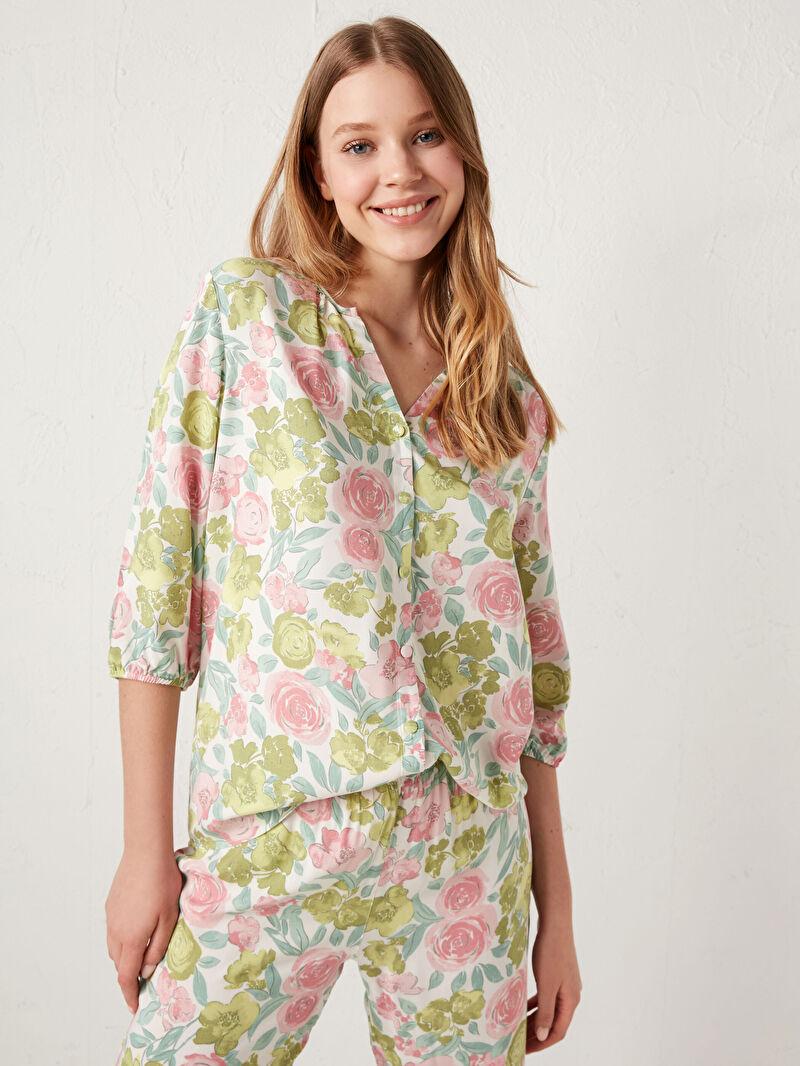 Kadın Çiçek Desenli Viskon Pijama Takımı
