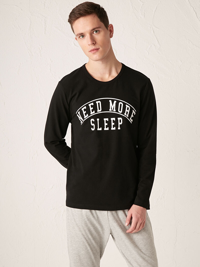 %51 Polyester %49 Pamuk  %93 Pamuk %7 Diğer Elyaf  Baskılı Pijama Takım Standart Kalıp Pijama Takımı