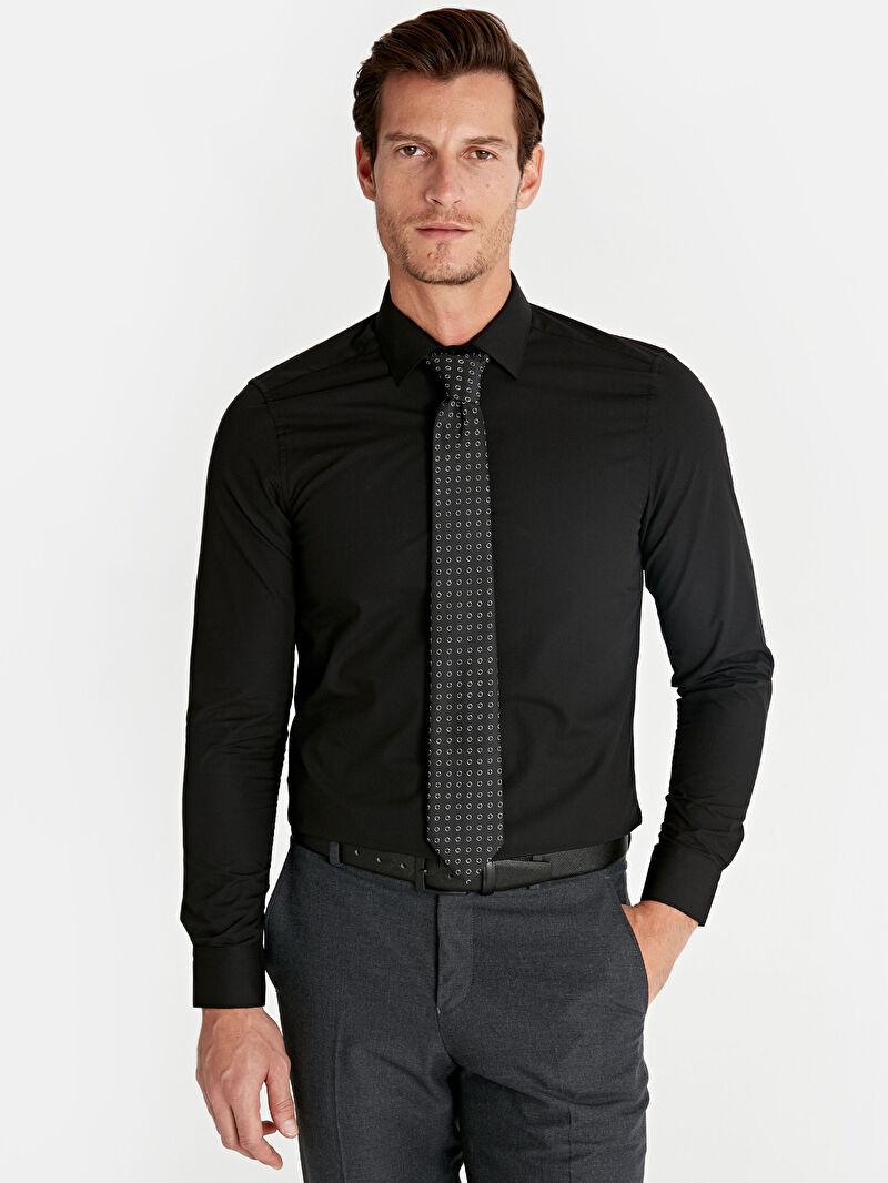 %59 Pamuk %41 Polyester  Uzun Kol Düz Poplin Gömlek Gömlek Yaka Dar Slim Fit Uzun Kollu Gömlek
