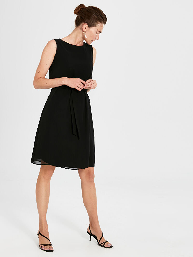 Siyah Kuşaklı Düz Şifon Elbise 9WQ742Z8 LC Waikiki